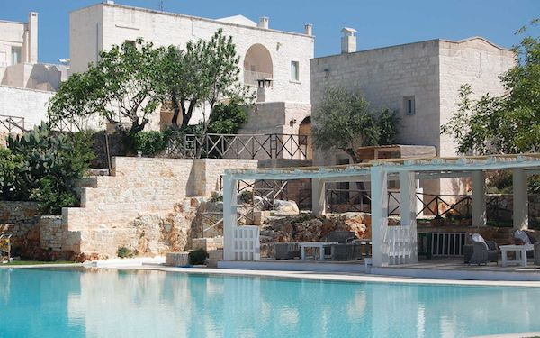 Masseria Pool & Building 600x352