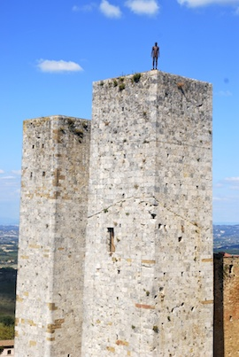 San Gimi Tower Scupture 270x373