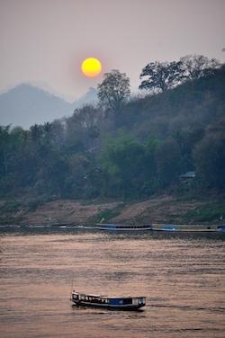 Sunset Mekong 250x376