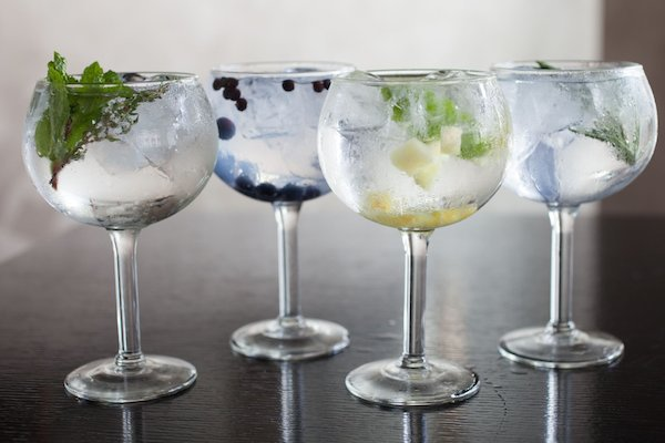 Gin Tonic Spain S Obsession Amp National Drink Urban