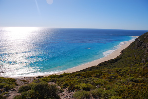 Contos-Beach-Margaret-River-600x400