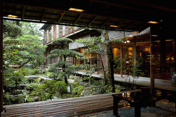 nishi-garden-balcony-600x400