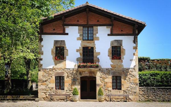 asador-etxebarri-entrance-600x375