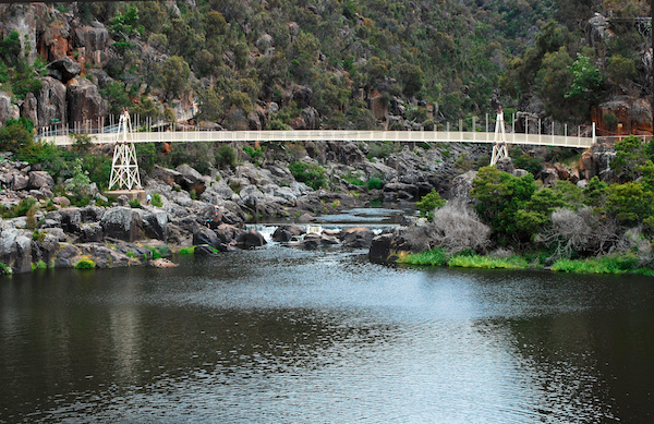 Cataract Gorge_-_launceston_tasmania 600x400