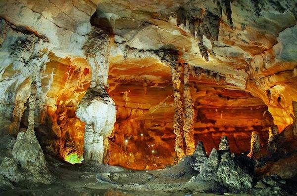 Cave 600x397