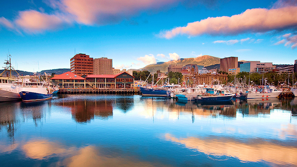 Constitution Dock Hobart Clouds 600x337