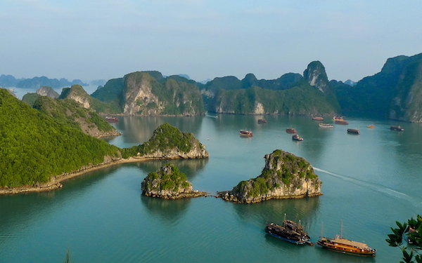 Halong Bay Panorama 600x375