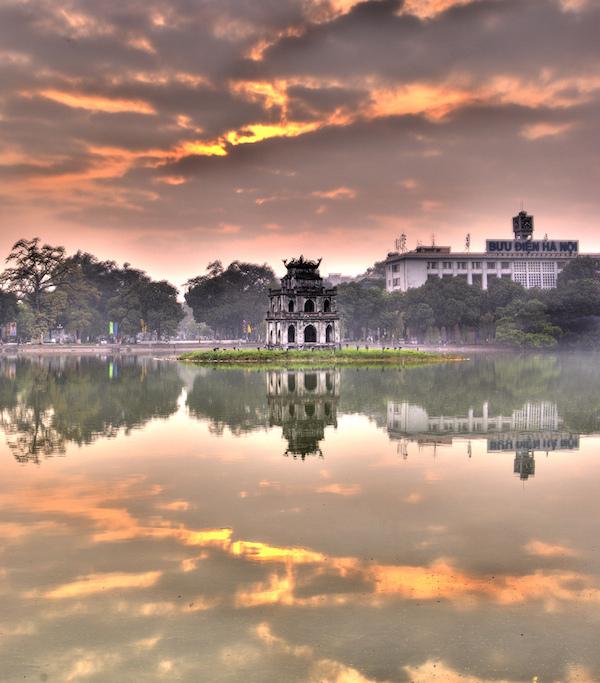 Hanoi Hoan Kiem Lake, Sunrise