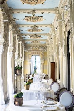 NL Villa Crespi Restaurant LS 250x377