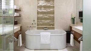 peninsula-deluxe-bath-300x169